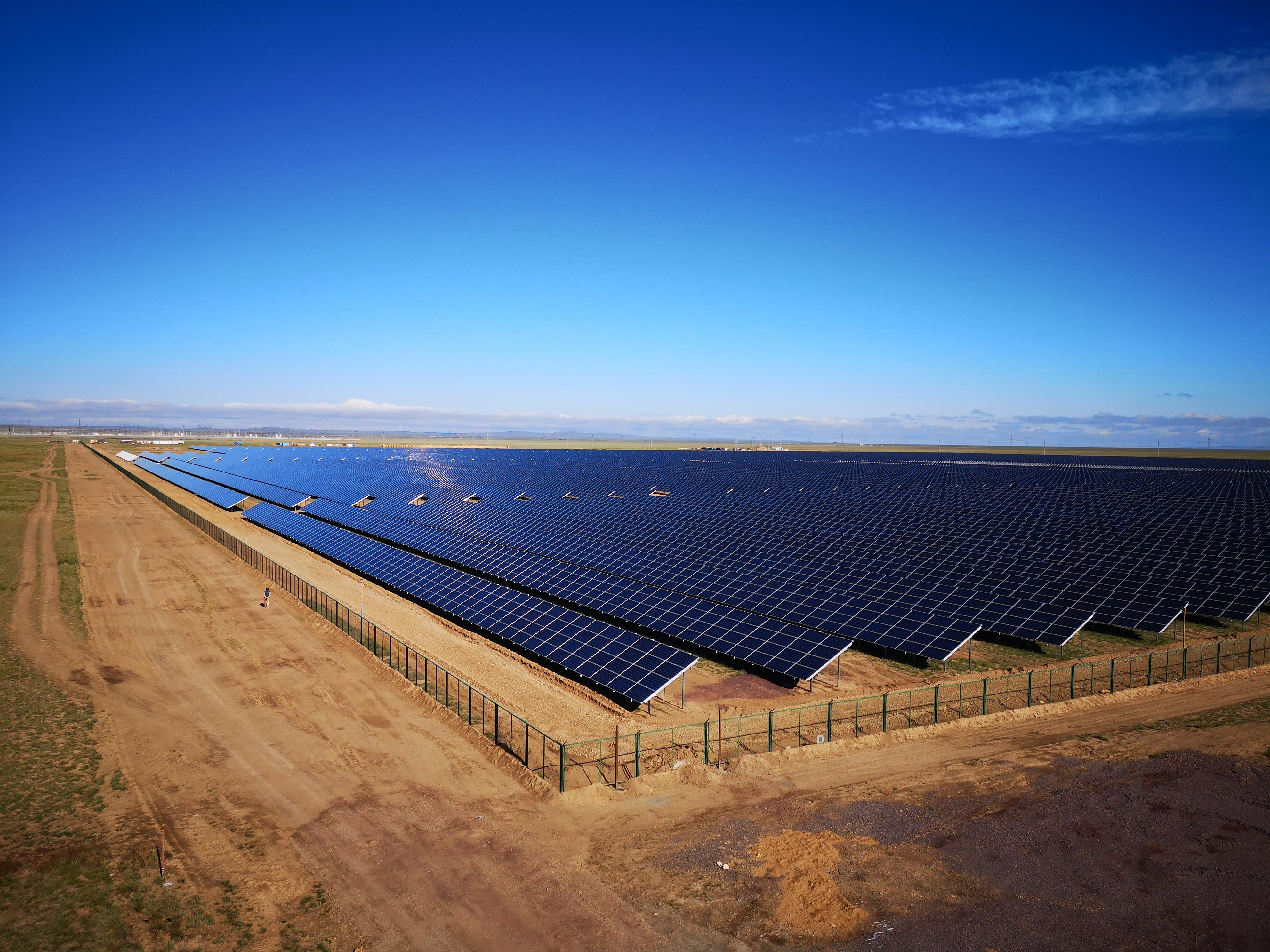 Ausfallsichere Solarleitungen für die Energiewende in Kasachstan
